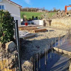 Mur béton terraseement et piscine